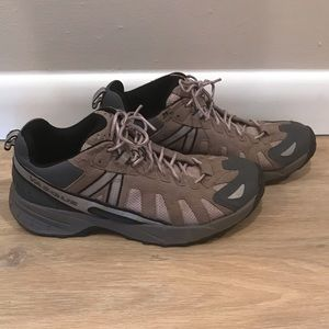 Vasque Trail Runners Size 39